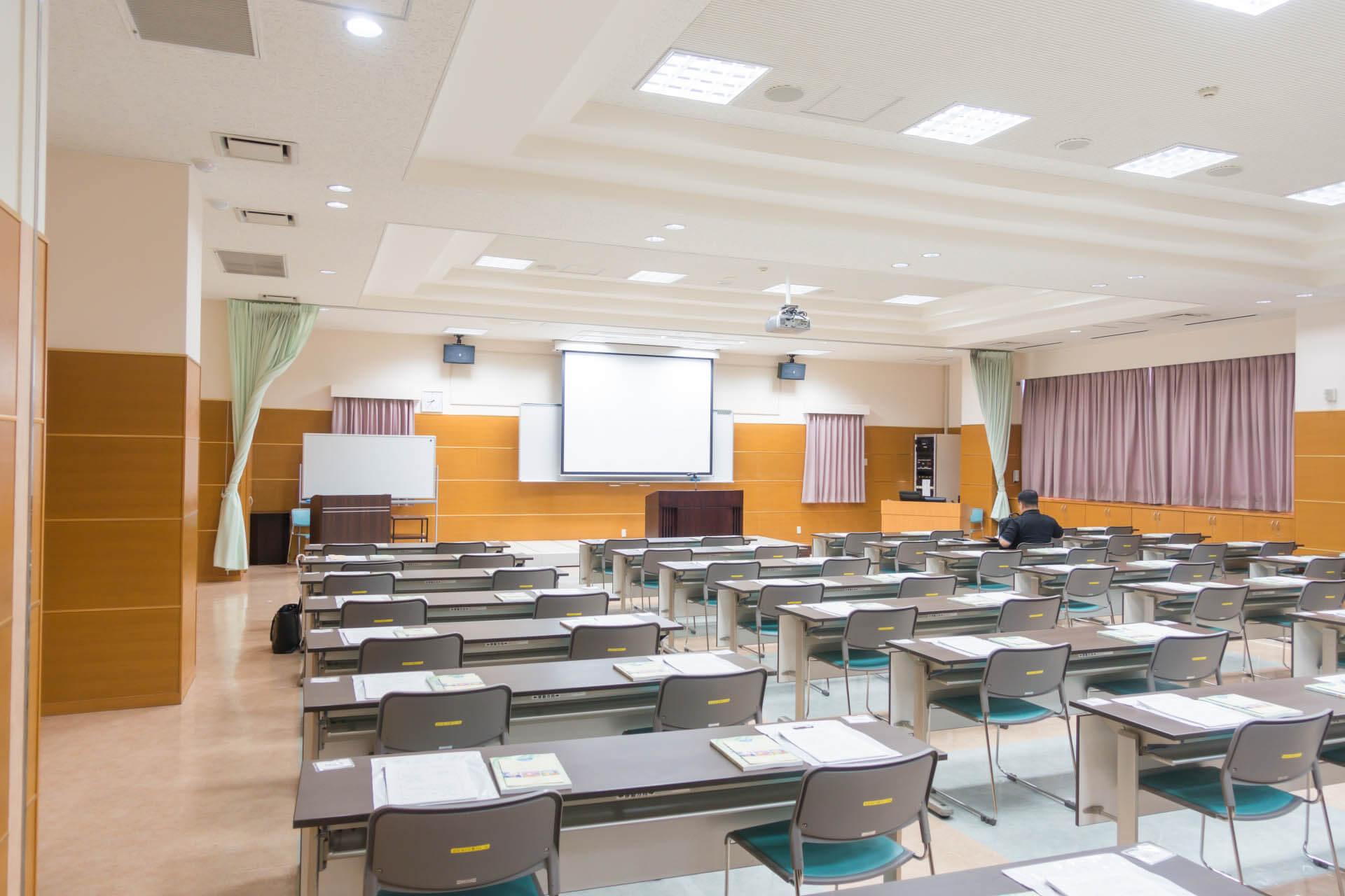 会場前の講習会場