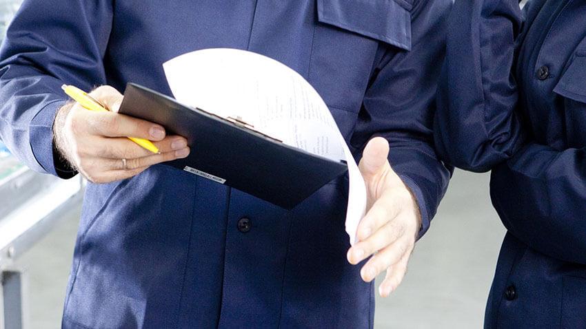 監査を行う労働安全コンサルタント